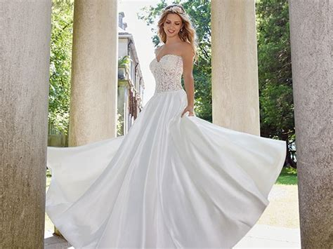 Wedding Dresses For Girls : The Most Beautiful Brides Around The World