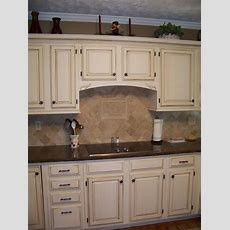 Traditional Antique White Kitchen Welcome! This Photo