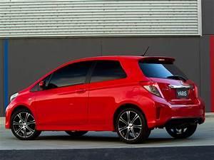 Avis Toyota Yaris 3 : toyota yaris 3 doors specs 2011 2012 2013 2014 autoevolution ~ Gottalentnigeria.com Avis de Voitures