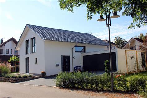 Einfamilienhaus Neubau Modern Wohnhaus Mit Doppelgarage