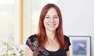 Alice Roberts on kayaking and her 40,000 year old 'friend'   Daily Mail Online