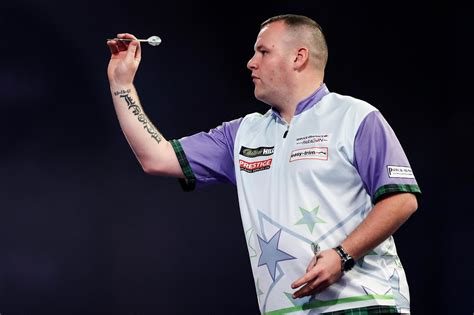 Darts shock as Edinburgh's Ryan Murray sets up clash with ...