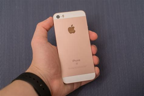 iphone 5 se the iphone se review