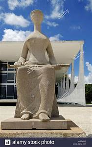 Sculpture of Lady Justice in front of Brazil´s supreme ...