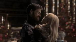 Emma and Hook - Captain Hook and Emma Swan Photo (32683117 ...