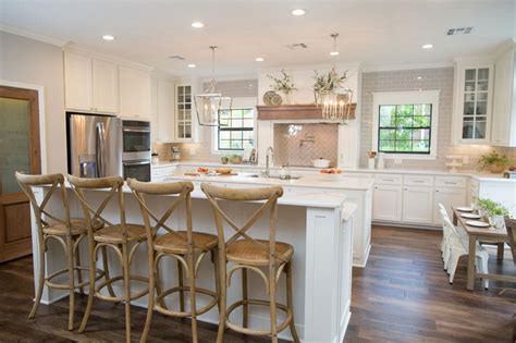 Fixer Kitchen Decor Ideas by Fixer Decorating Ideas Decorate Like Joanna Gaines