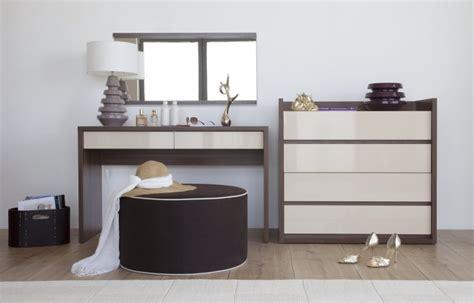 coiffeuse design pour chambre meuble coiffeuse inbox chambre contemporaine adulte