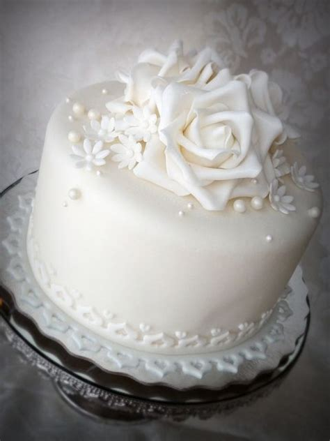 images  single tier cakes  pinterest
