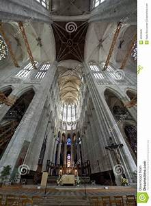 Seat Beauvais : cathedral st pierre of beauvais interior 07 stock photo image 42253826 ~ Gottalentnigeria.com Avis de Voitures