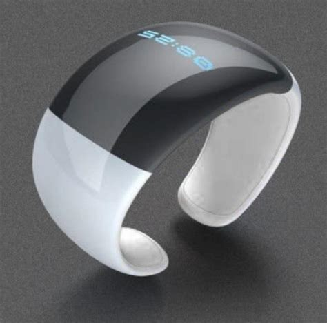 Bluetooth Wrist Watch With Incoming Call Indicator