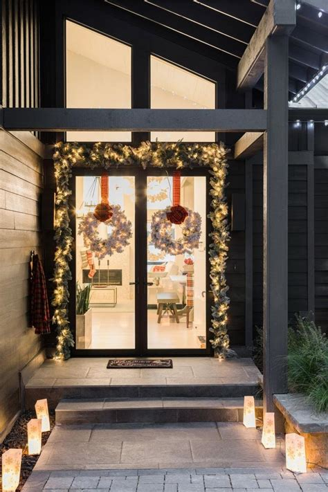 dec for christmashgtv 268 best decorating images on deco white decor and decor