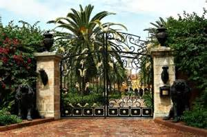 Luxury Homes with Gate