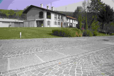 pavimenti per cortili pavimenti per esterno in pietra naturale porfido e pietra