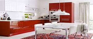 10 cuisine rouge qui donnent des idees de decoration for Idee deco cuisine avec modele cuisine grise et blanc