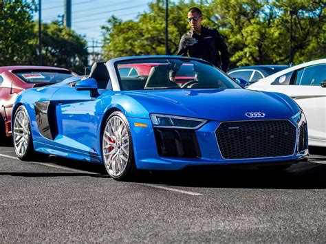 Audi R8 Picture by Blue Audi R8 V10 Pictures