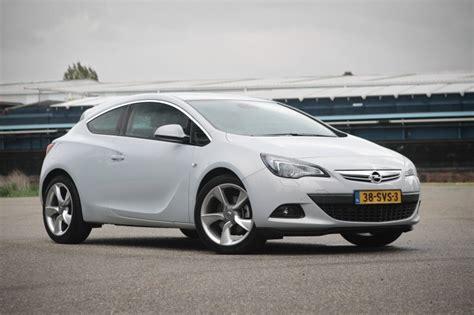Opel Astra Turbo by Test Opel Astra Gtc 1 4 Turbo Sport Rijtesten Nl