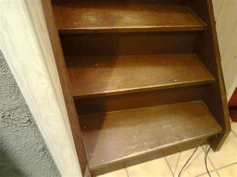 conseils bricolage menuiserie comment r 233 nover les marches d un escalier en bois
