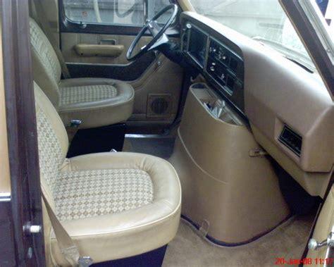 yawzah  ford econoline  passenger specs