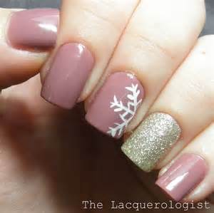 A snowy universe depicted on your nails winter nail designs