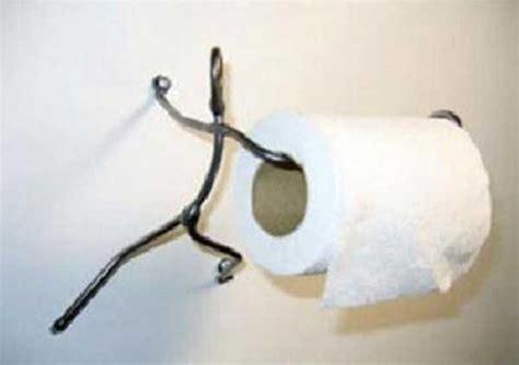 Unconventional Toilet Paper Holders (37 Photos)