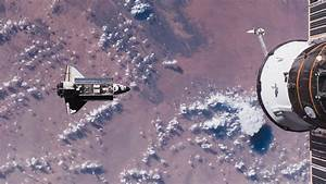 Space, Shuttle, Endeavour, In, Space, Over, Earth