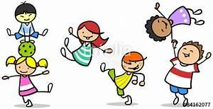 Schlaraffia Active Move 2 : gl ckliche kinder turnen und springen stockfotos und lizenzfreie bilder auf bild ~ Bigdaddyawards.com Haus und Dekorationen
