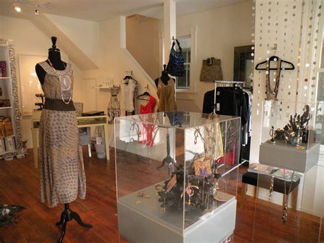 Decorating Ideas Clothes by Mititique Boutique Interior Design Ideas For A Luxury