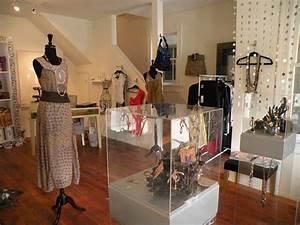 mititique boutique interior design ideas for a luxury With interior designs for small boutique shops
