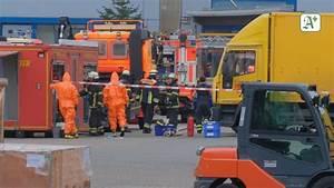 Dhl Jobs Hamburg : giftige fl ssigkeit auf dhl betriebsgel nde 17 verletzte ~ A.2002-acura-tl-radio.info Haus und Dekorationen