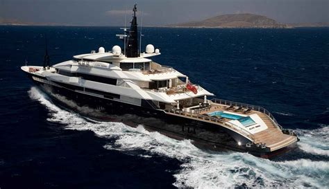 Best Boats In The World 15 Most Expensive Yachts In The World And Their Owners