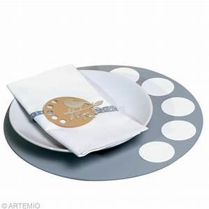 Sous Assiette Bois : d co de table de no l tendance zen 2013 id es et conseils d coration de table ~ Teatrodelosmanantiales.com Idées de Décoration