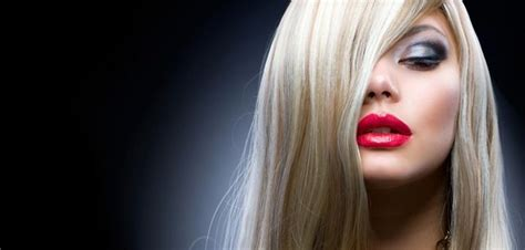 Hairstyles & Hair Color For