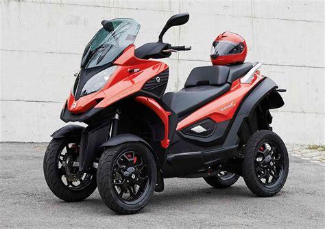 scooter   roues le quadro  pour bientot