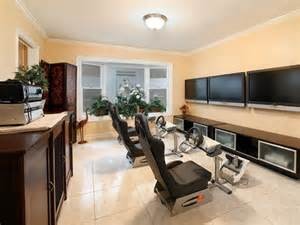 Dining Room Molding Ideas Modern Room With Flush Light Travertine Floors In Costa Mesa Ca Zillow Digs Zillow
