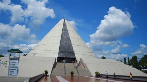 wisata museum monumen jogja kembali monjali  yogyakarta