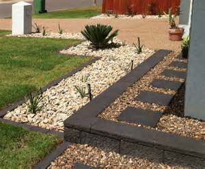 Brick Paver Garden Edging
