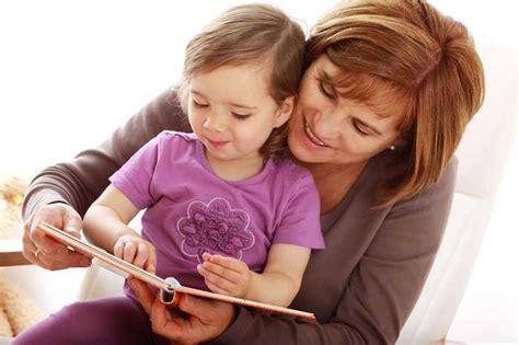 spracherwerb bei kindern warum sprechen mit kindern