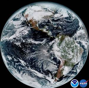 Picture of the Day: Blue Marble, 2017 «TwistedSifter