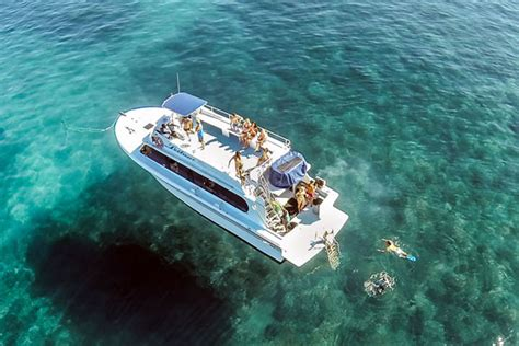 Boat From Hawaii To Maui by Molokini Crater Boats And Departures From Kihei Makena