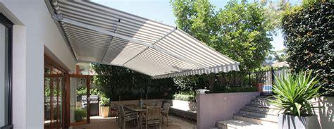 Wind Und Regenschutz Für Terrasse by Sonnen Regenschutz