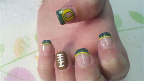 oregon duck football nails nail art football nails