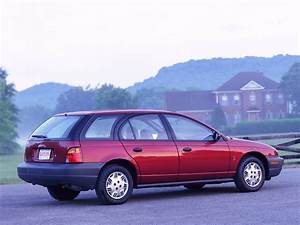 2001 Saturn S-series - Pictures