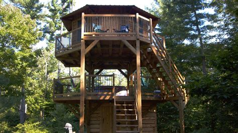 played   childhood dream  living   treehouse curbed philly