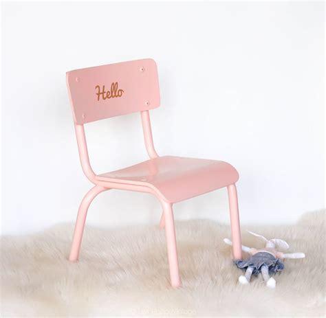 chaise d ecole les 25 meilleures idées concernant chaises d 39 école sur école vintage vieux bancs de