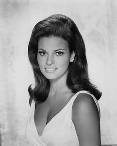 45 best images about Raquel Welch on Pinterest | Curvy ...