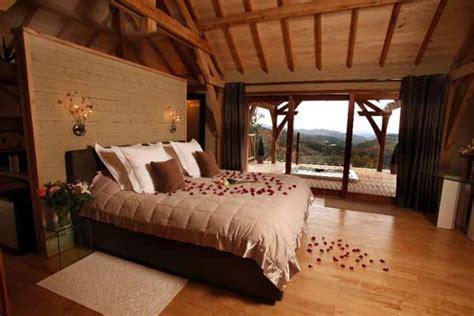 chambres dans les arbres cabane dans les arbres de luxe avec spa et
