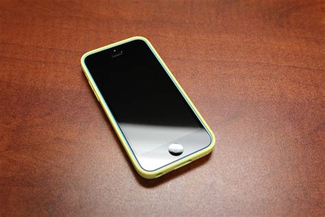 yellow iphone 5c iphone 5c review