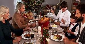 Wieviel Platz Pro Person Am Tisch : festliche tischdeko zu weihnachten tipps tricks von tchibo ~ Watch28wear.com Haus und Dekorationen