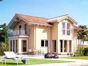 Haus Mit Satteldach : evolution 122 v4 mediterranes haus von bien zenker einfamilienhaus im mediterranen stil mit ~ Watch28wear.com Haus und Dekorationen
