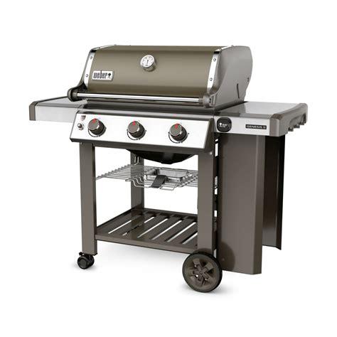 cuisiner wok barbecue à gaz weber genesis 2 e 310 gbs smoke grey